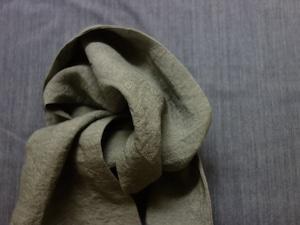 cravat scarf / antique grassgrey