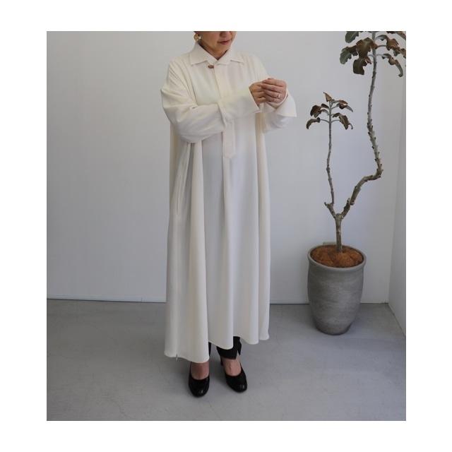 ippei takei【イッペイタケイ】long slitシャツ white/light blue