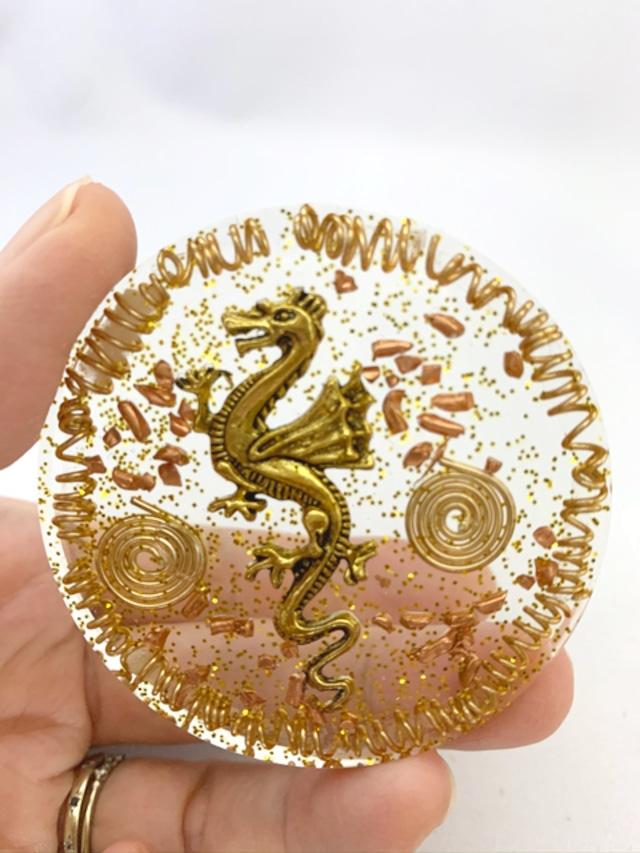 波動が高い!!円型 ドラゴンのオルゴナイト~金運アップ【ゴールドルチル・シトリン・水晶】