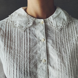 French blouse (01-21-32-4)