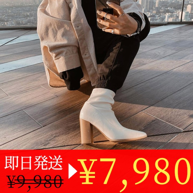<ホワイト6cm 22.5cm1点即納セール>【羊革】異素材デザインヒールショートブーツ 2色&2種展開