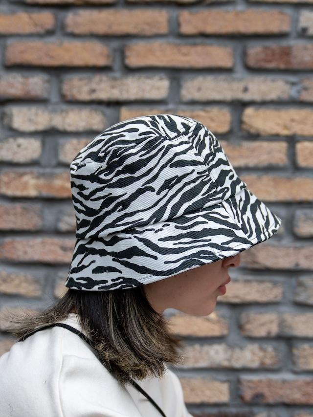 【UNISEX - 1 size】ZEBRA BUCKET HAT / Zebra