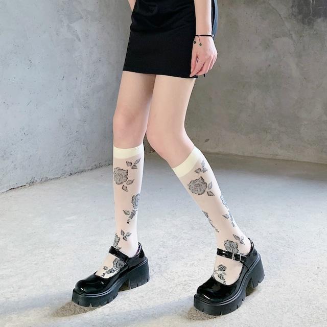 flower motif socks 2c's