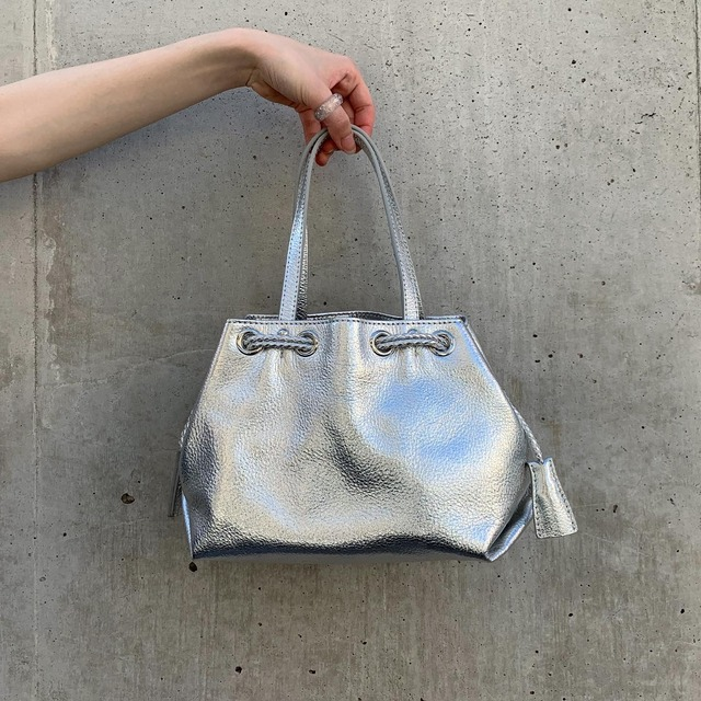 import metallic hand bag -silver-