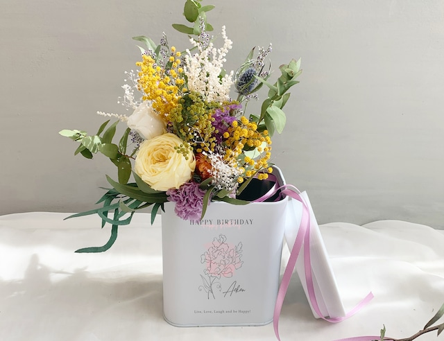 【誕生日祝】誕生花+名入れ フラワーボックス