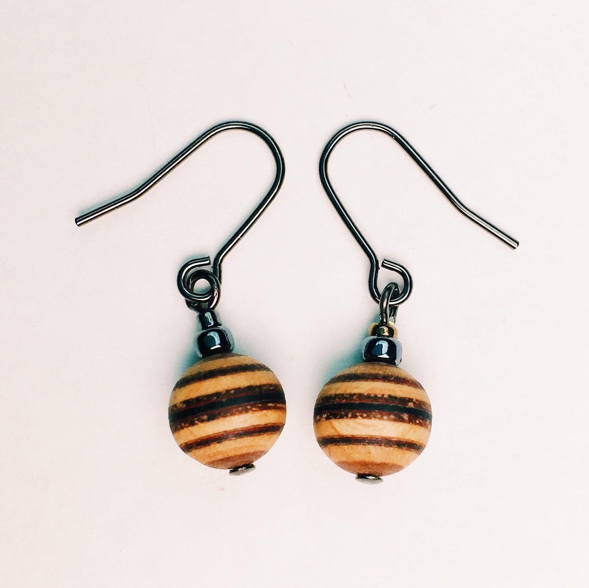 wood ball beads pierce