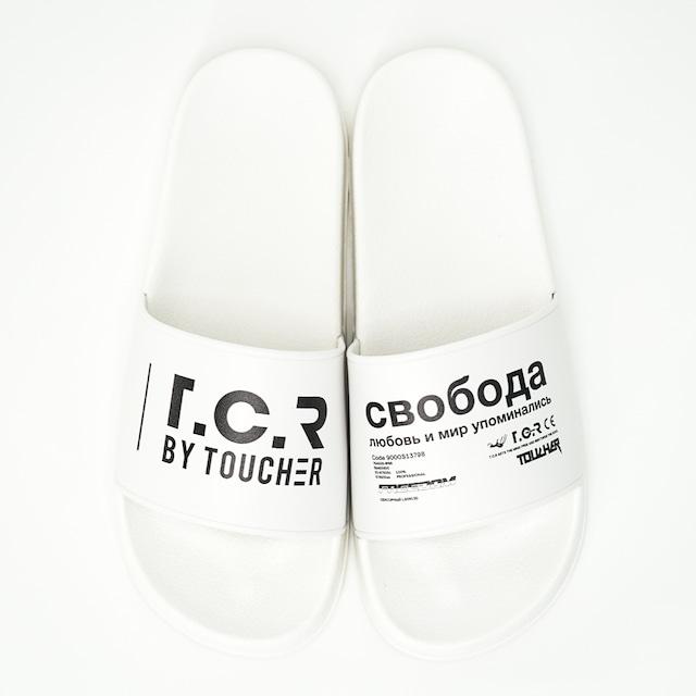 T.C.R LOGO PRINT SLIDES - WHITE