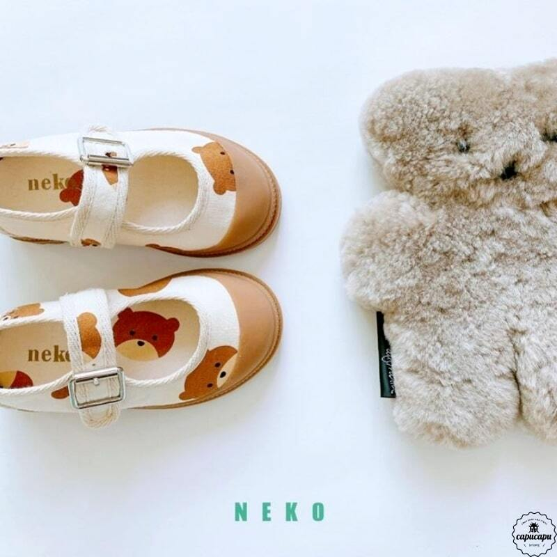«sold out» bear strap shoes くまのシューズ