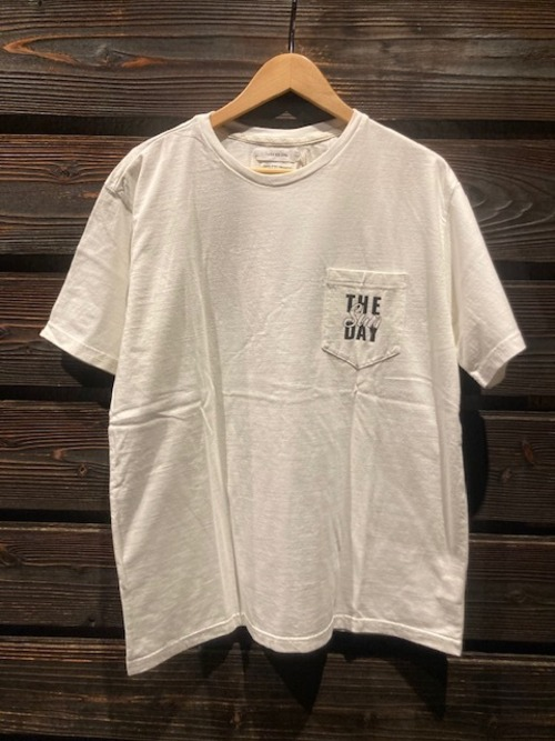 Turn Me On  S/S TEE『THE SUNDAY』(WHITE1)  Lサイズ  121-443