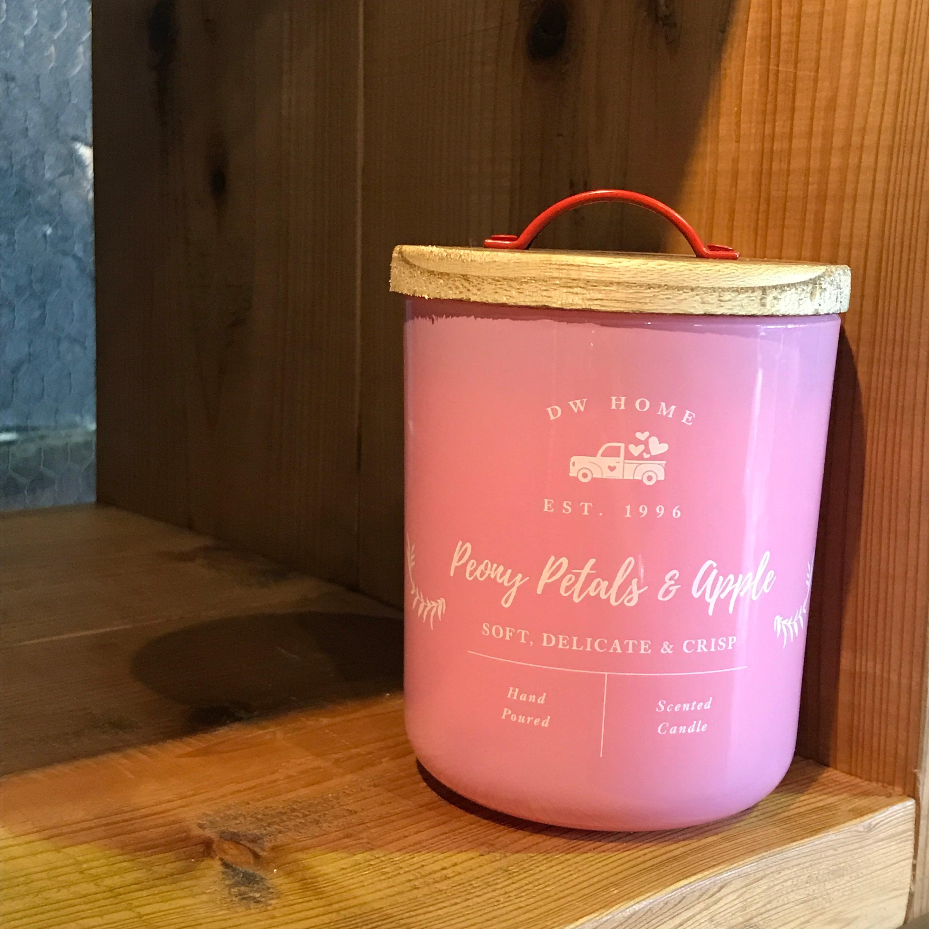 【DW Home Candles】Peony Petals & Apple【アロマキャンドル】