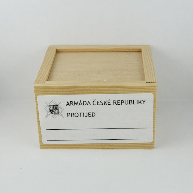 MEDICINAL WOODEN BOX(M)