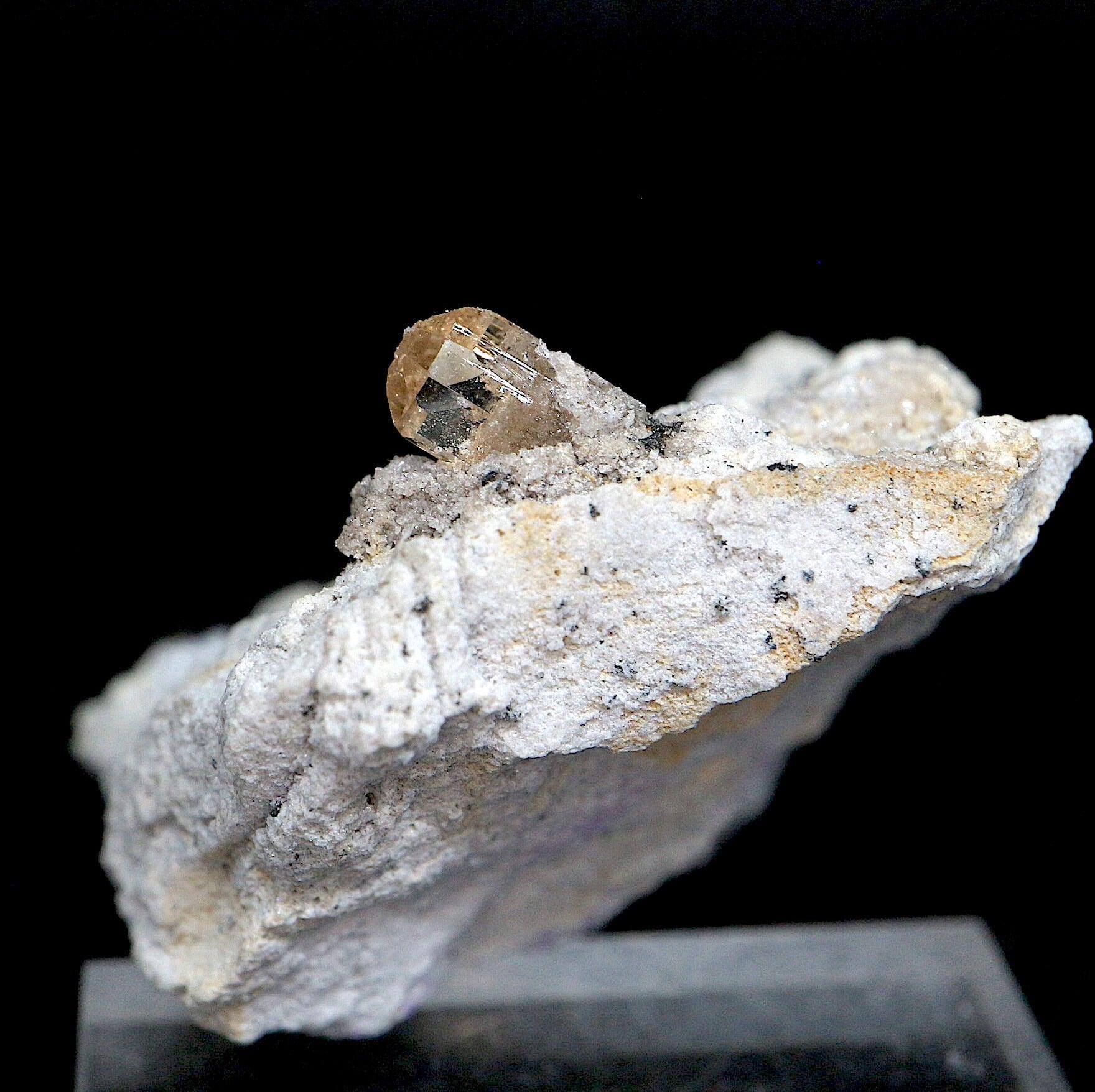 自主採掘!ユタ州産 トパーズ 14,7g 原石 標本 TZ086 鉱物 パワーストーン 天然石
