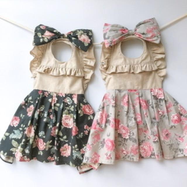 《出産祝い/名入れ》コットンリネン ベビー用エプロン ドレス 女の子(バラ柄) 70-90cm
