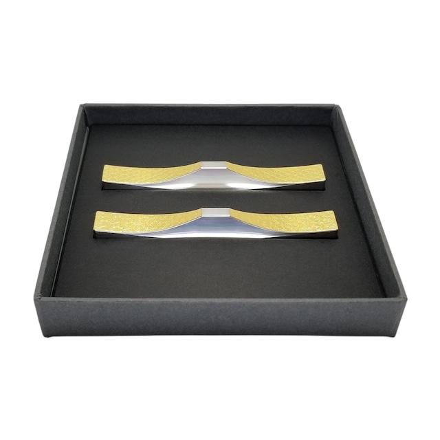 カトラリーレスト 箸置き(菊・桜)2個セットB/ステンレス(金箔) 縁起のいい世界遺産・富士山をモチーフにした箸置き・フォークレスト・ナイフレスト・スプーンレスト
