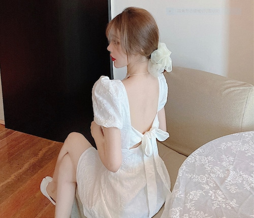 バックリボンワンピース パフスリーブ セクシー 背中 パーティー リボン 清楚 大きい ドレス 夏 10代 20代 ウエスト Aライン かわいい ma029