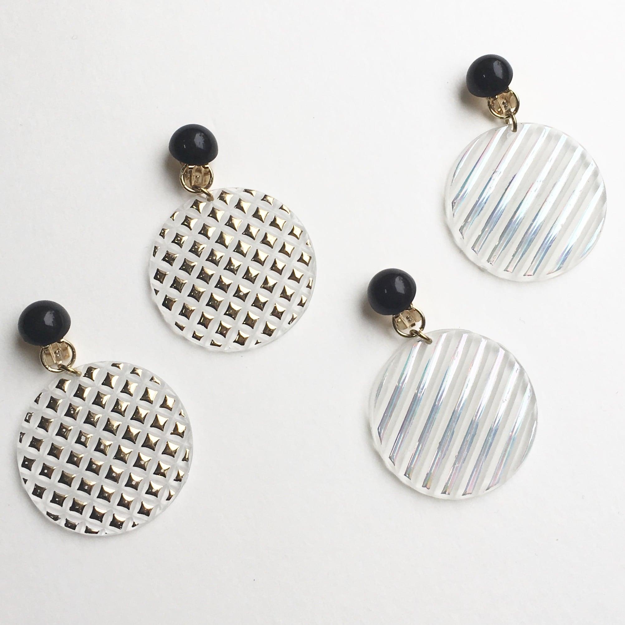 Shiny plate earrings L-011