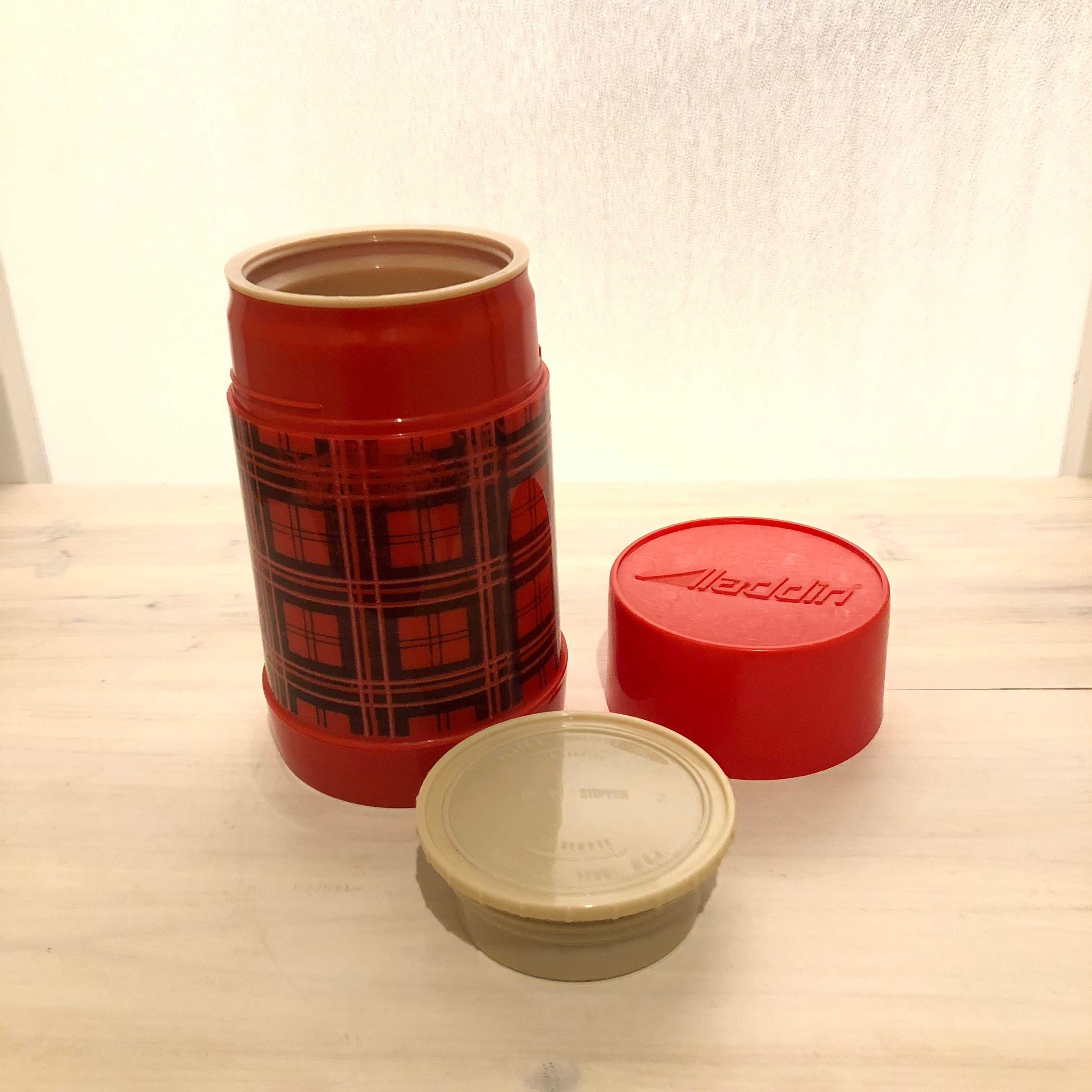 Aladdin Pint wide mouth -thermos bottle- 赤のチェック