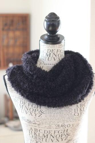 手編みのスヌード ブラック/sakura 型番: Z-15ブラック