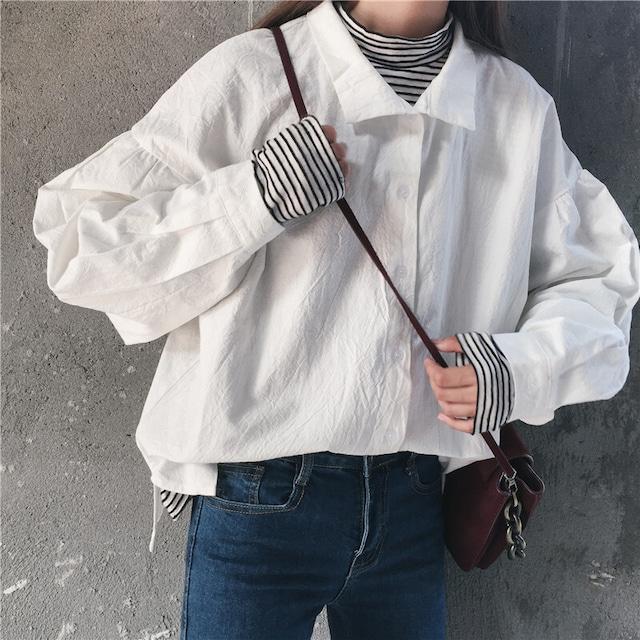 ルーズでシンプルなシャツ S1865