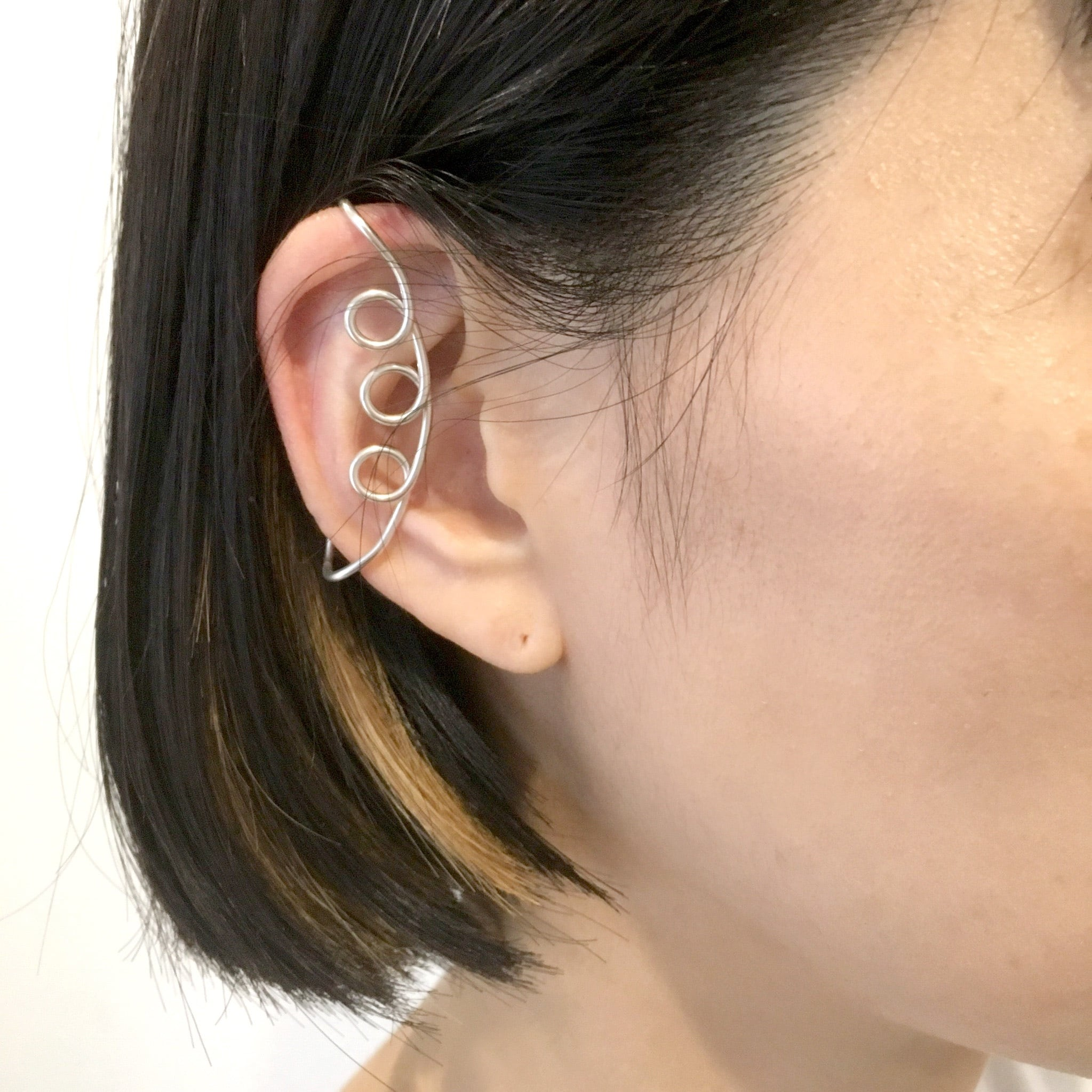 Twodots earclip