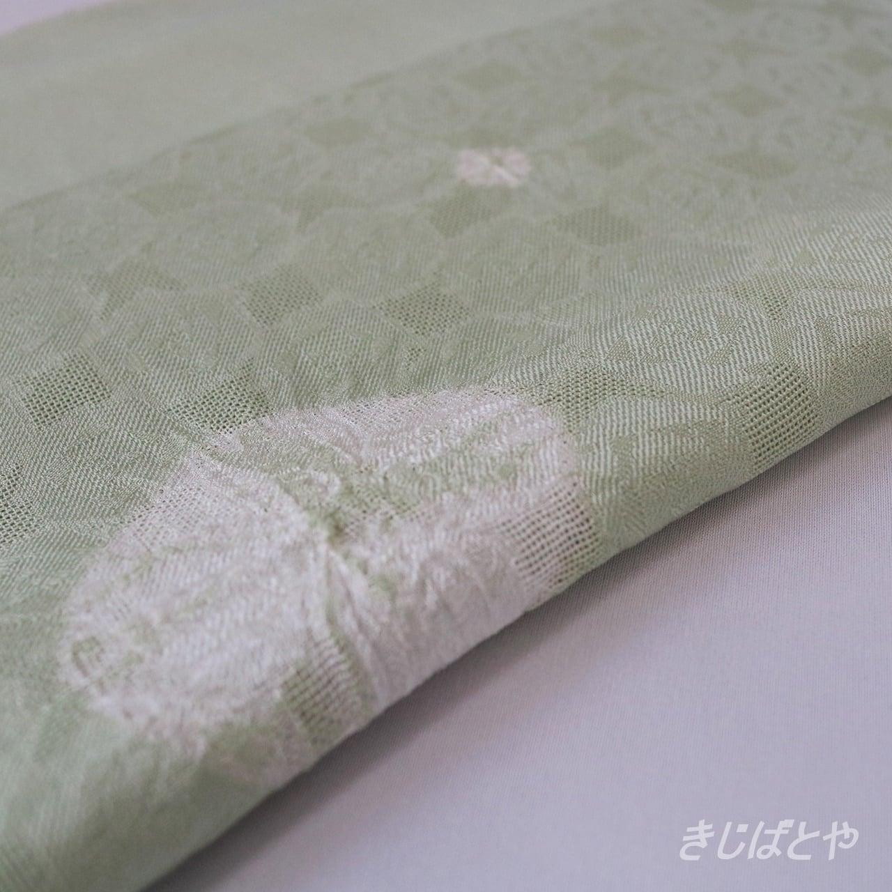 正絹絽 絞りの帯揚げ 龍泉青磁釉色