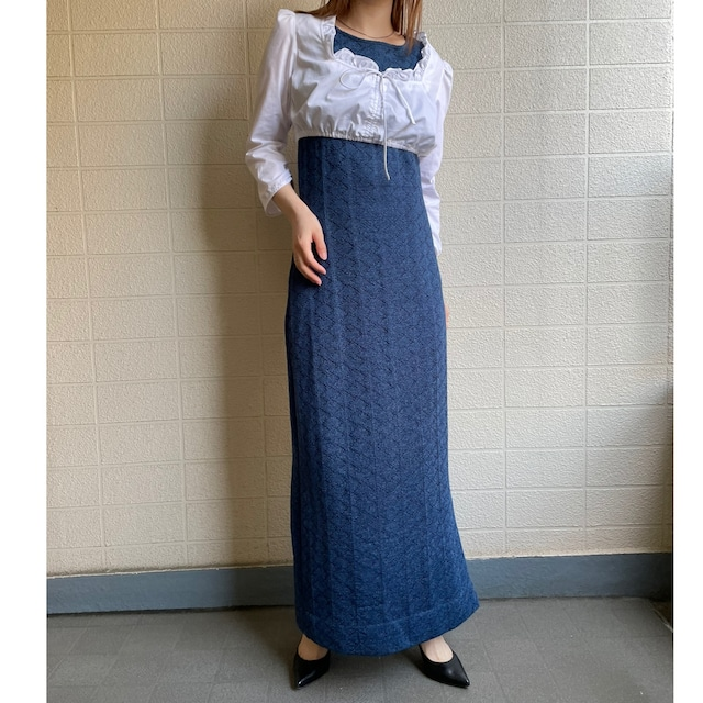 No sleeve blue dress