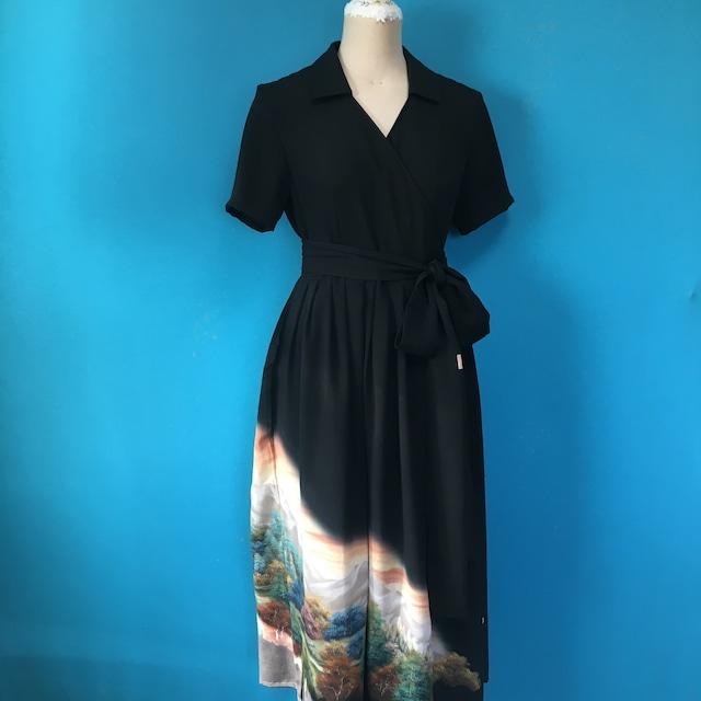 Vintage black dress 作家落款入り