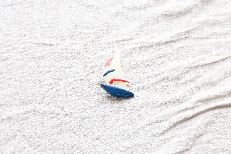 【フランス】ヨットのブローチ