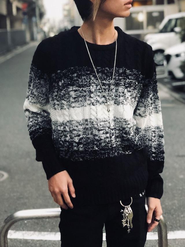 グラデーションケーブル編みニット BLACK メンズ 男物 紳士服 秋冬 プレゼント GIFT  贈り物 クリスマス インナー トップス セーター カジュアル