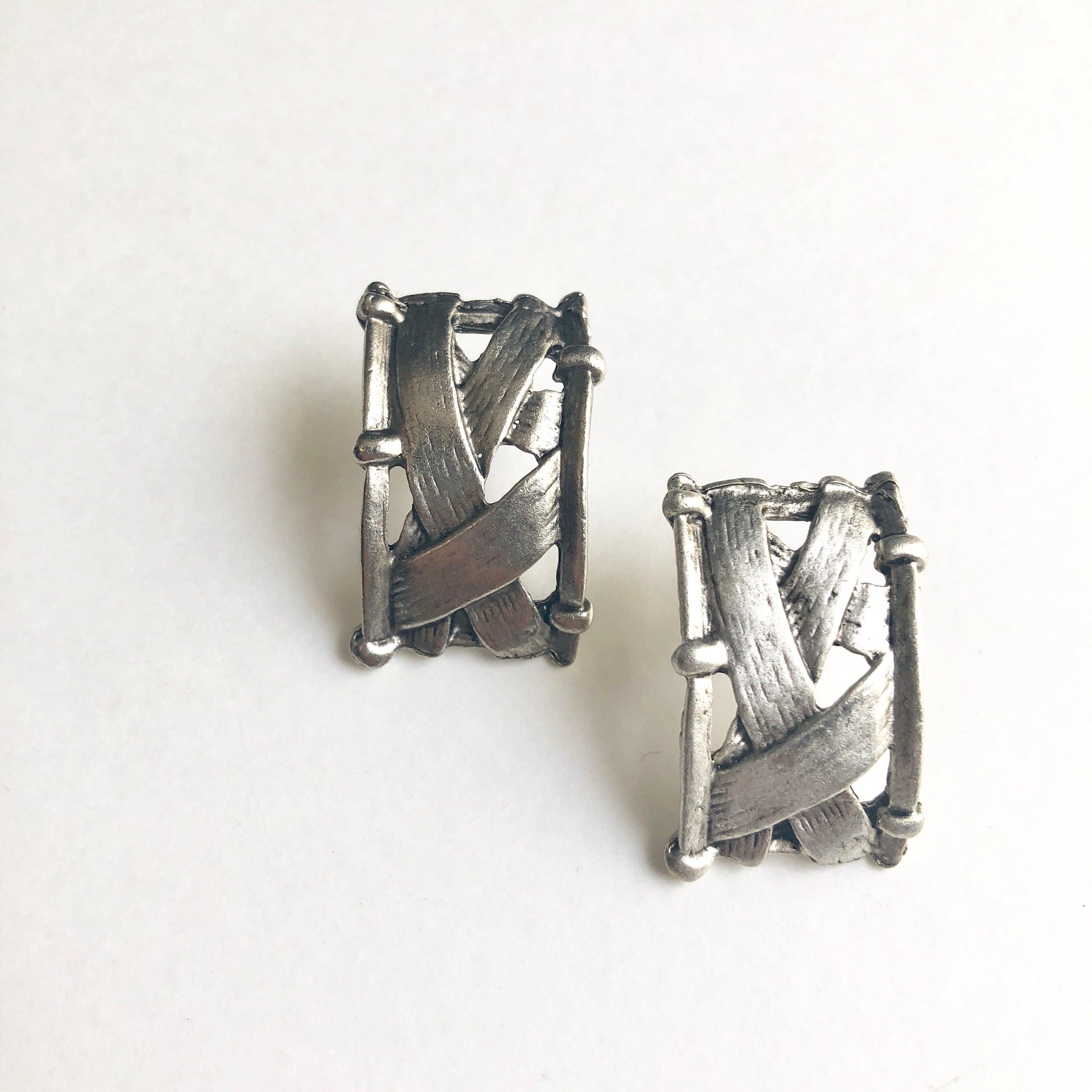 Vintage new stock earrings S-004x
