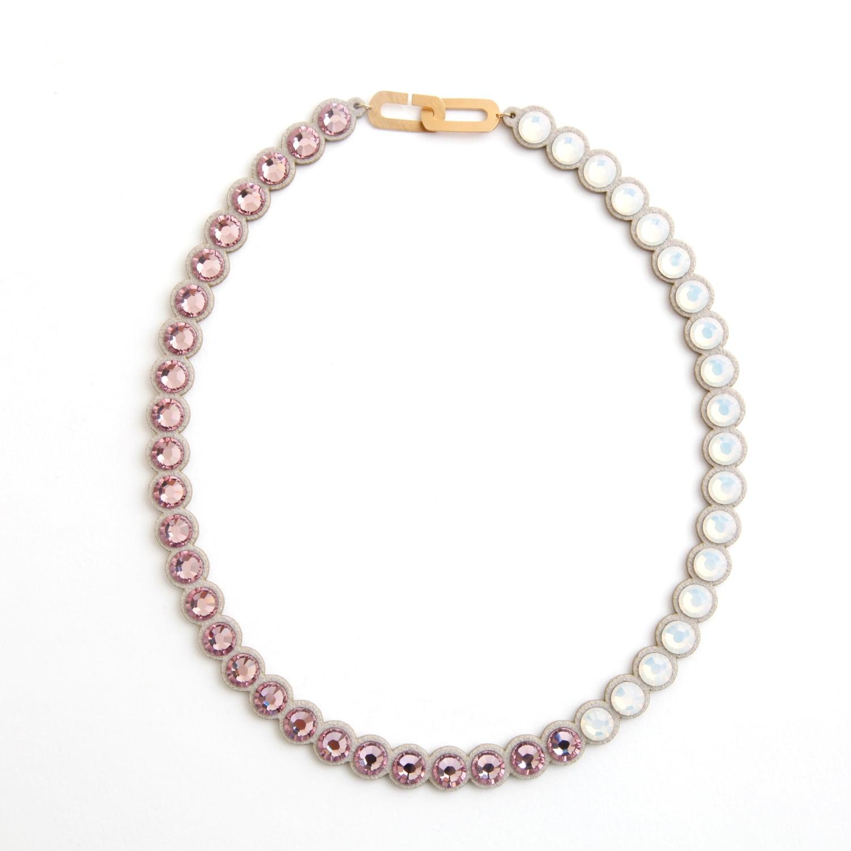 talkative Banquet/BanquetBijou necklace Light amethyst short