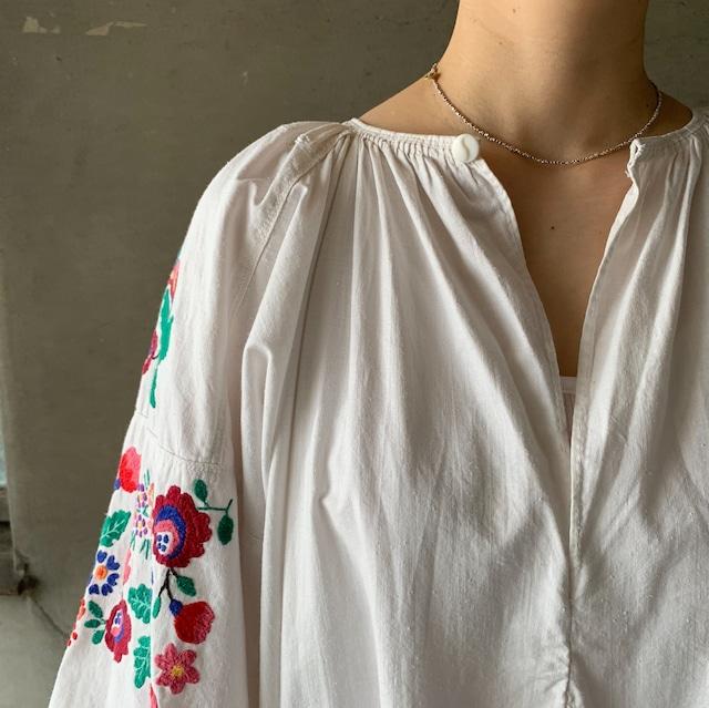 Antique Ukrainian embroidered linen dress (06-21-16)