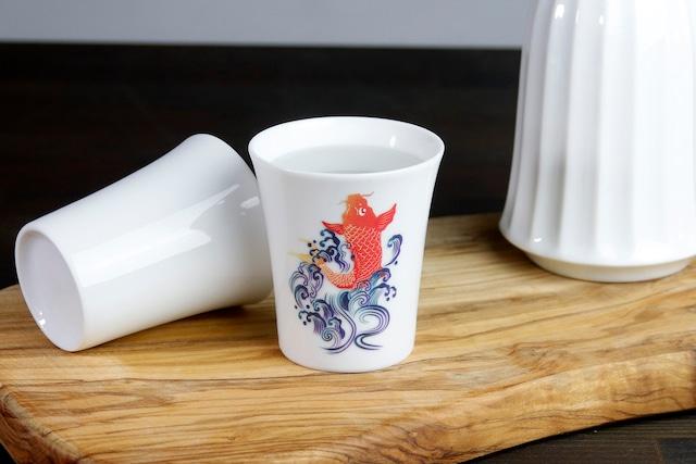 【SP3J52-07】『温度で変化する酒器』『白(小)温感カップ』『天昇鯉』 *天昇鯉 白 酒器 ユニーク 浮かび上がる絵 温感 ギフト 温度で変化 綺麗 キレイ かわいい