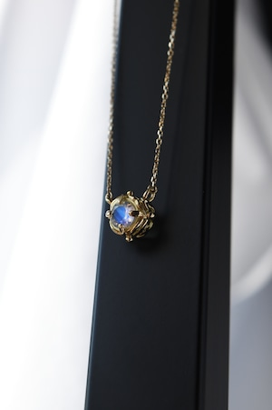K18 Abyss Design Necklace Royal Blue Moon Stone 18金アビスデザインネックレス(ロイヤルブルームーンストーン)