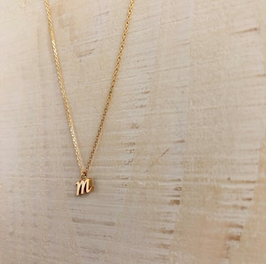 18k initial 'm' necklace /  Belleza by n
