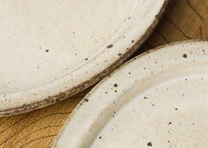 白マット釉 オーバル皿 中 (中皿・粉引き・デザート皿)/くるり窯