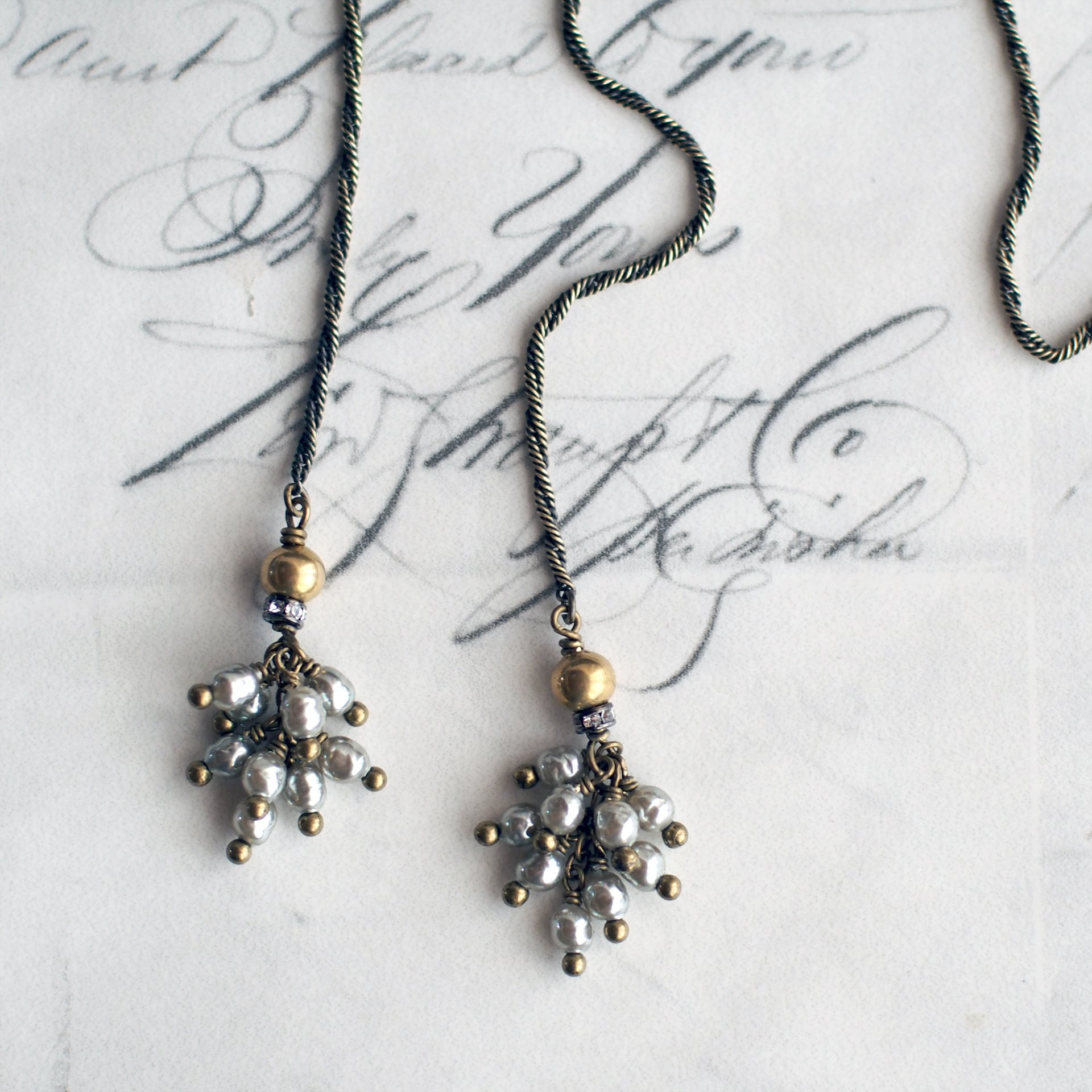 【K様専用】カーテンコール / タッセルラリエット ネックレス (GlassPearl・SilverS)