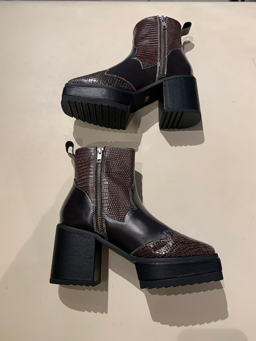 GVGV   WESTERN ANKLE BOOTS (BROWN)