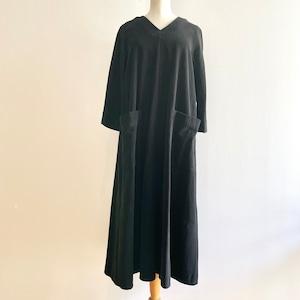 C-71127【Rosie】Soft Corduroy Vneck Dress