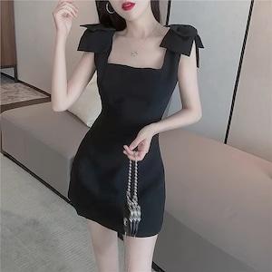 shoulder ribbon dress