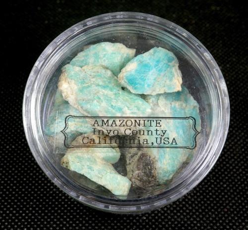 お得!自主採掘!アマゾナイト カリフォルニア産 丸ケース#2  AZ0062 天河石(てんがせき) 鉱物 天然石