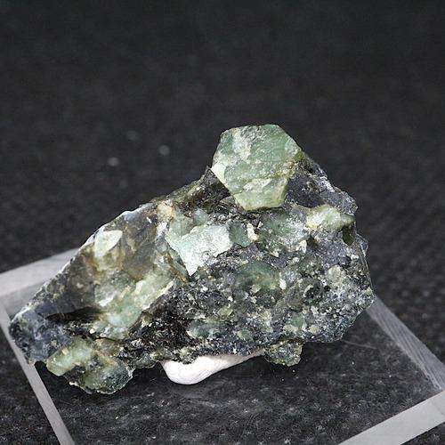 エメラルド 原石 標本 鉱物 5,2g ED053 ベリル 緑柱石 パワーストーン 天然石