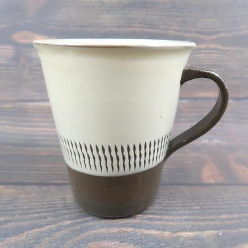 小鹿田焼 手つきマグカップ 白中央トビ 小袋定雄窯