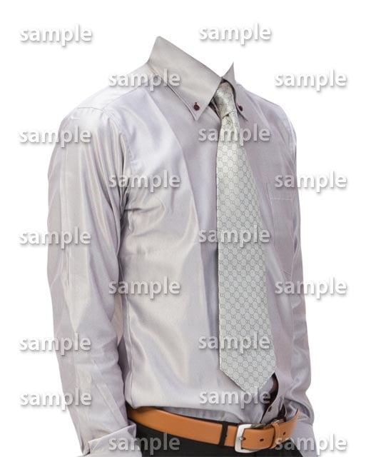 男性グレーワイシャツ斜めB