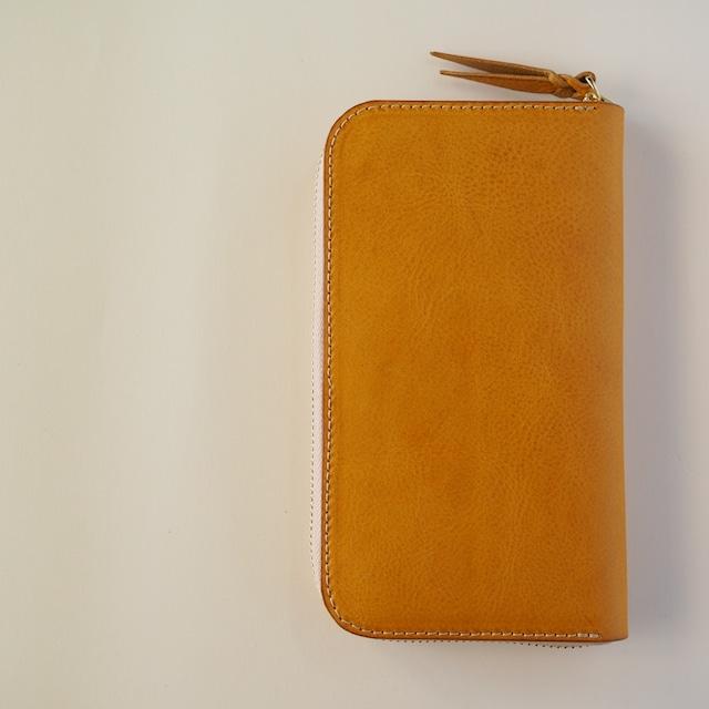 コの字ファスナーの定番長財布 wallet / 漆黒