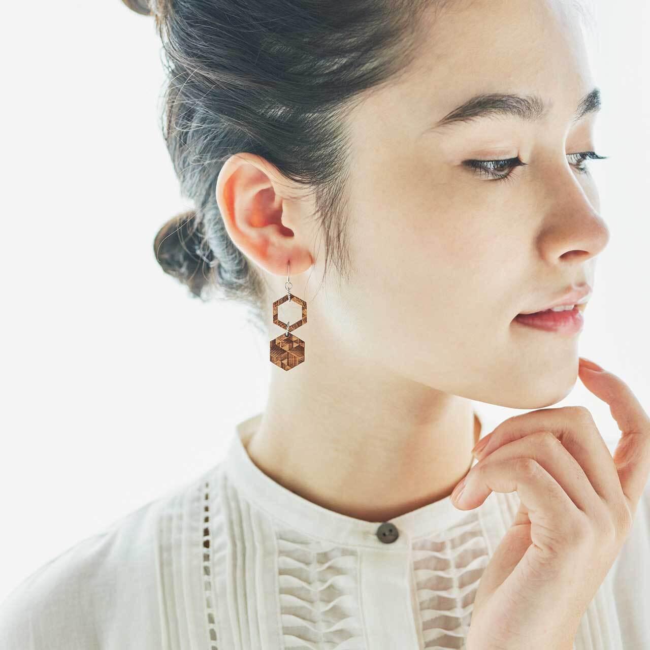 honeycomb / ハニカム(Pierced Hang)
