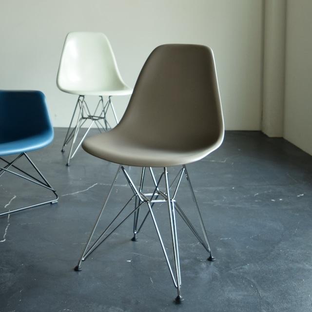 【Herman Miller】 Shell Side chair DSR 店頭展示仕様