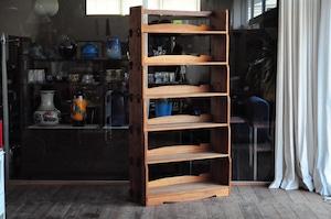 高さ177センチの本棚