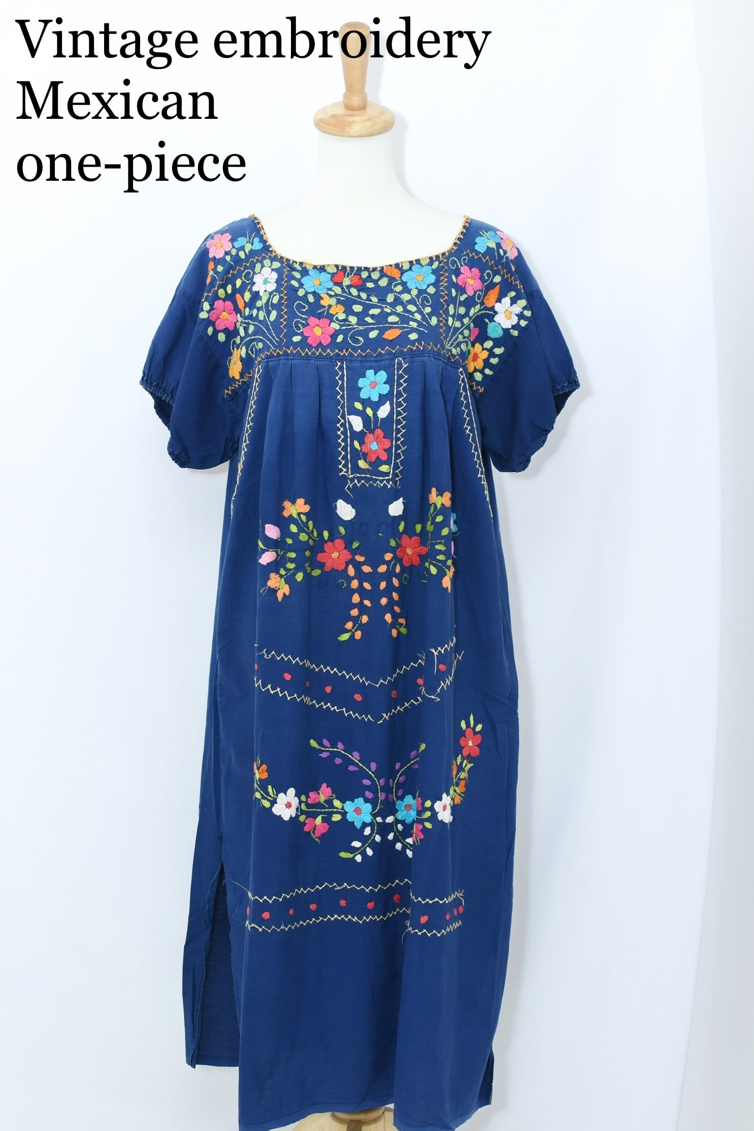 vintage embroidery Mexican one-piece NVY