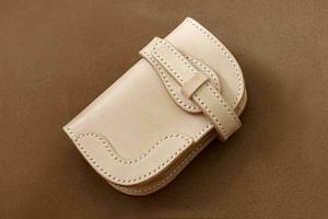 【受注製作】本革サドルレザーのハーフバイカーズ財布【ベルト】